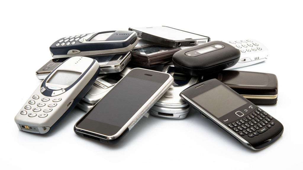 mobile-phone-clutter