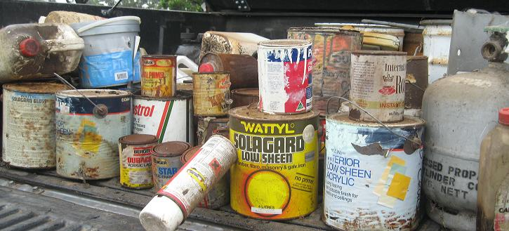 cropped20paint20cans20in20trailer