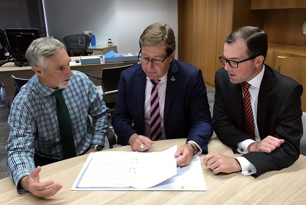 Inverell police stataion meeting with Troy Grant